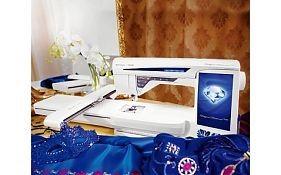 Вышивальная машина Husqvarna Designer Diamond Royale