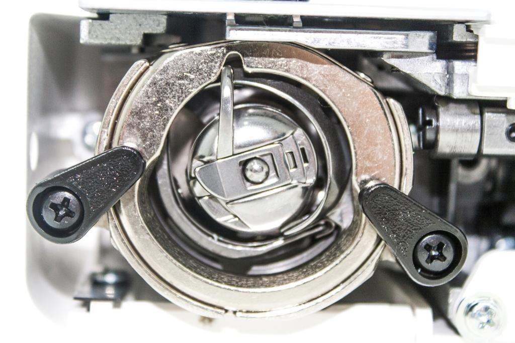 Швейная машина Janome Escape V-14
